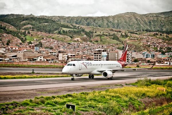 how to get from cusco to lima