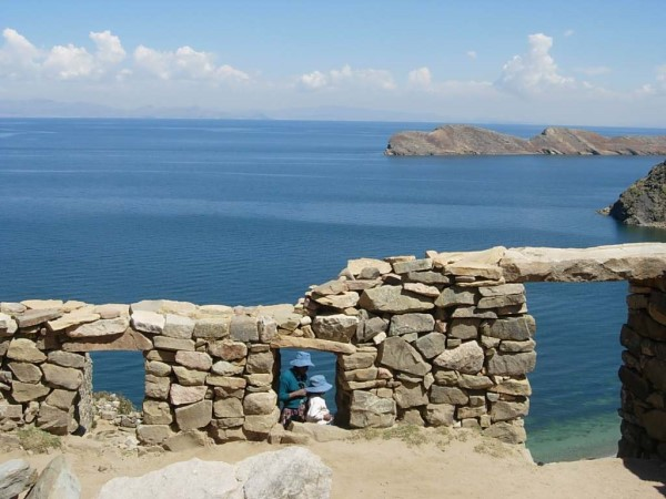 See the history of South America on the Isla del Sol