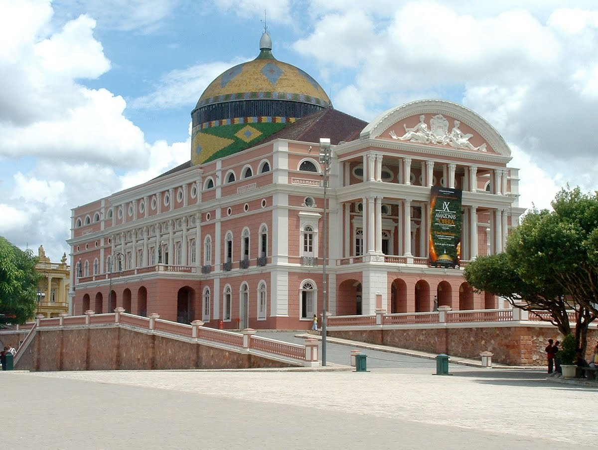 Five reasons to love Manaus