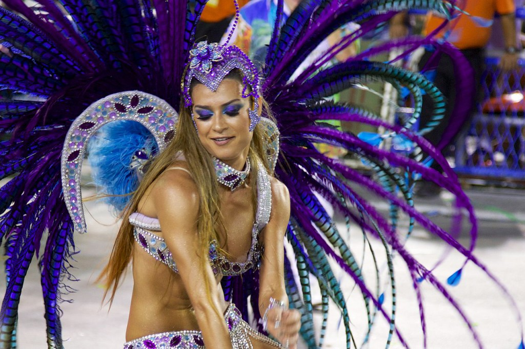 Carnaval_2014_-_Thaila_Ayala_-_Rio_de_Janeiro_(12982165494)