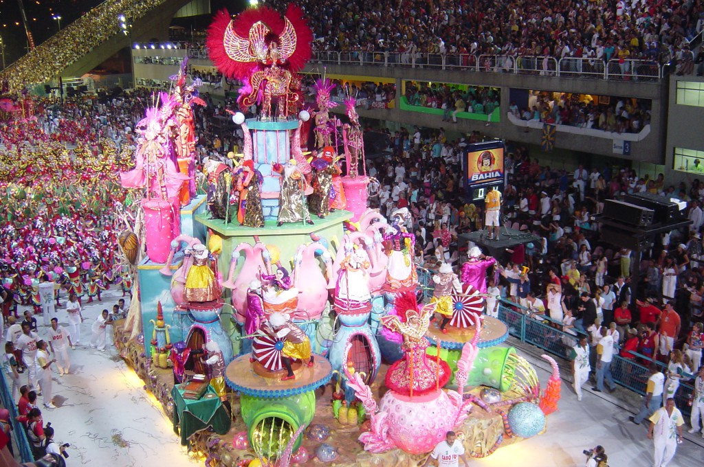 carnival-2004-floats