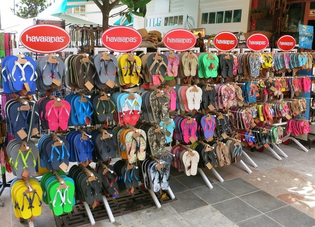 Havaianas - RealWorld/RealWords - Gifts from South America