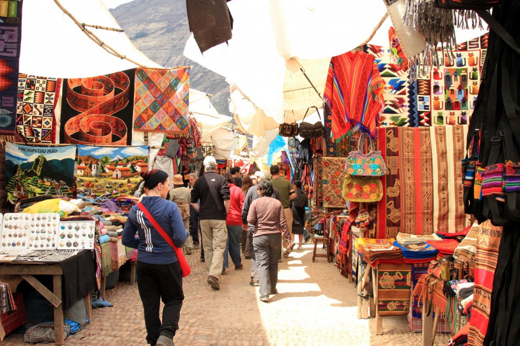 sacredvalley-pisac - RealWorld, Best Markets in South America