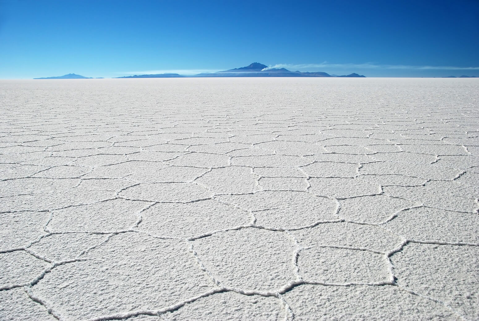 uyuni-hexagons