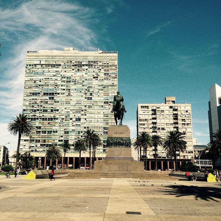 Montevideo Plaza Independencia RW