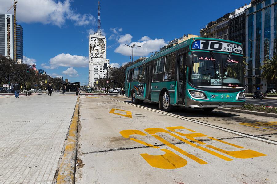 Argentina-Bus-Buenos-Aires