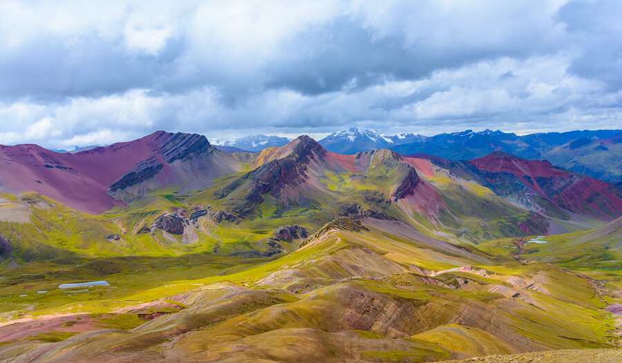Beautiful mountains of Vinicunca.