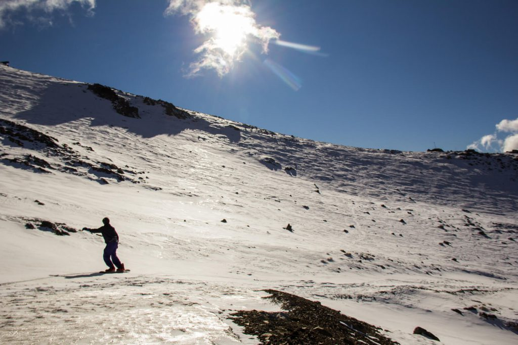 A picture of a skier in Bariloche.